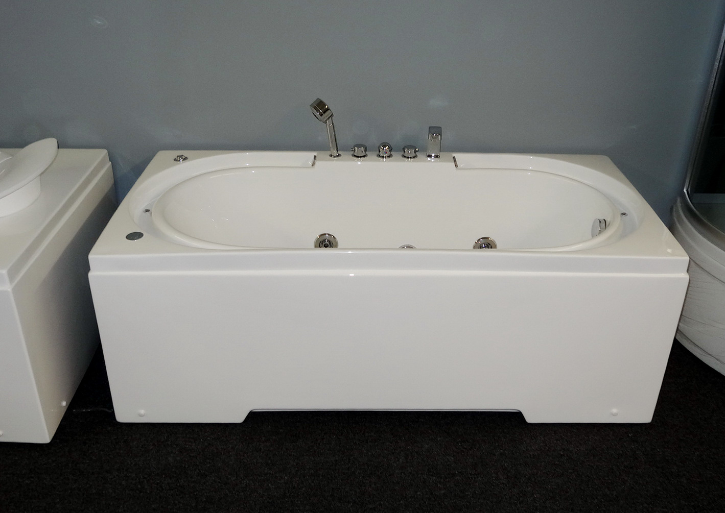 Hydrotherapy massage bathtub with multicolored LED waterfall. B306 ...