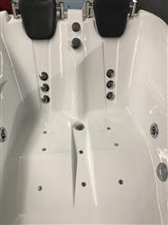 2 PERSON JETTED BATHTUB w/Air Jets,heater C022R - Image 3